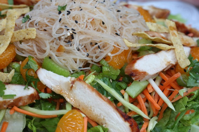 Chicken and Rice Vermicelli Confetti Salad (FODMAP friendly)