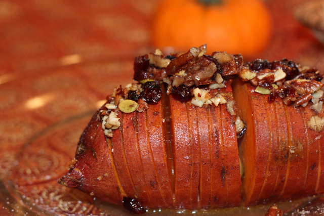 Sweet Potatoes with Cranberry Nut Topping