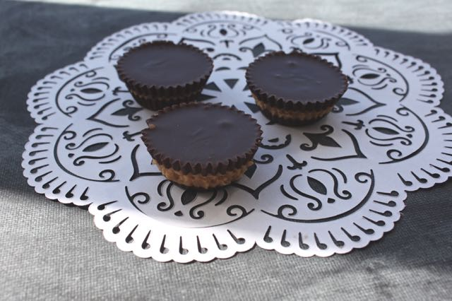 Homemade Dark Chocolate Peanut Butter Cups - For A Digestive Peace