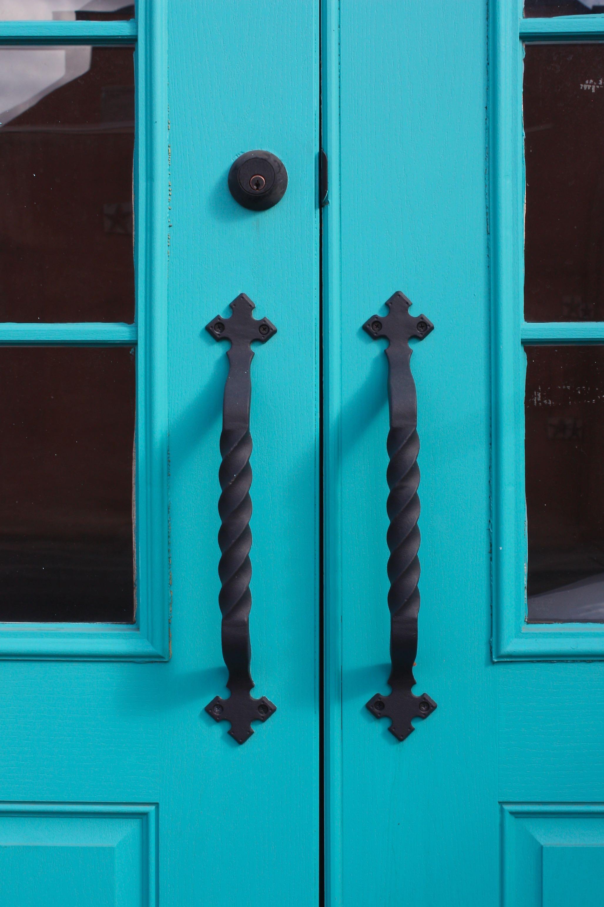 blue-door-old-town