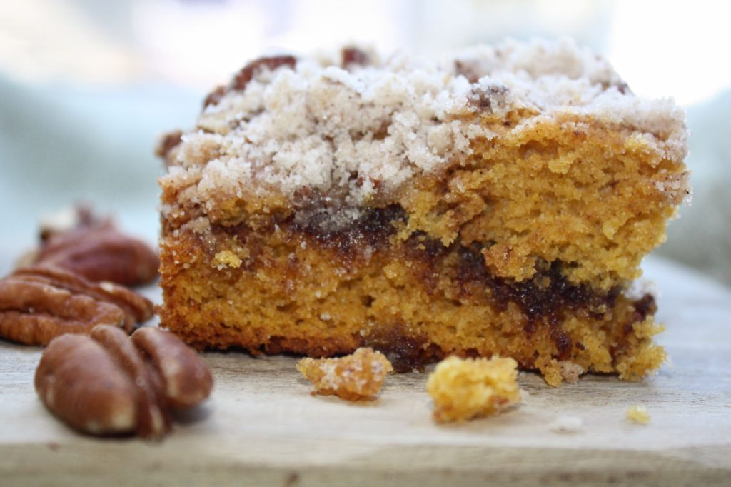 Low FODMAP Pumpkin Crumb Cake