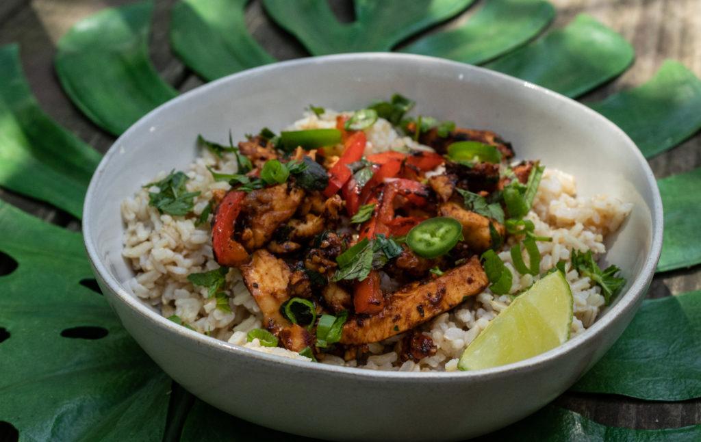 Cajun-spiced Chicken Nourish Bowl